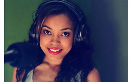 DIONNE BROMFIELD Photography by Georgia Kuhn